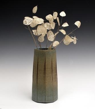 faceted vase copy